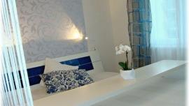 Apartmán Richie u Aquaparku Praha - APARTMÁN s manželskou postelí, rozkl.pohovkou a 2 přistýlkami